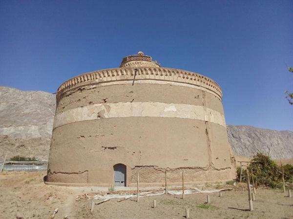 آزادسازی حریم برج کبوترخانه چهاربرج اصفهان