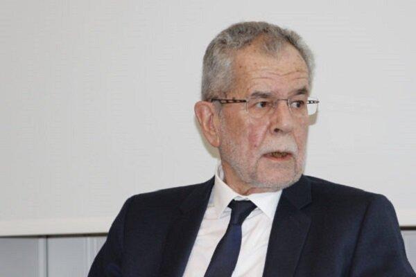 رئیس جمهور اتریش از تحریم های ضد ایرانی انتقاد کرد