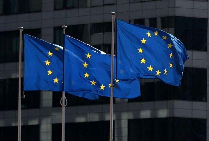 اروپا لبه پرتگاه رکود مالی