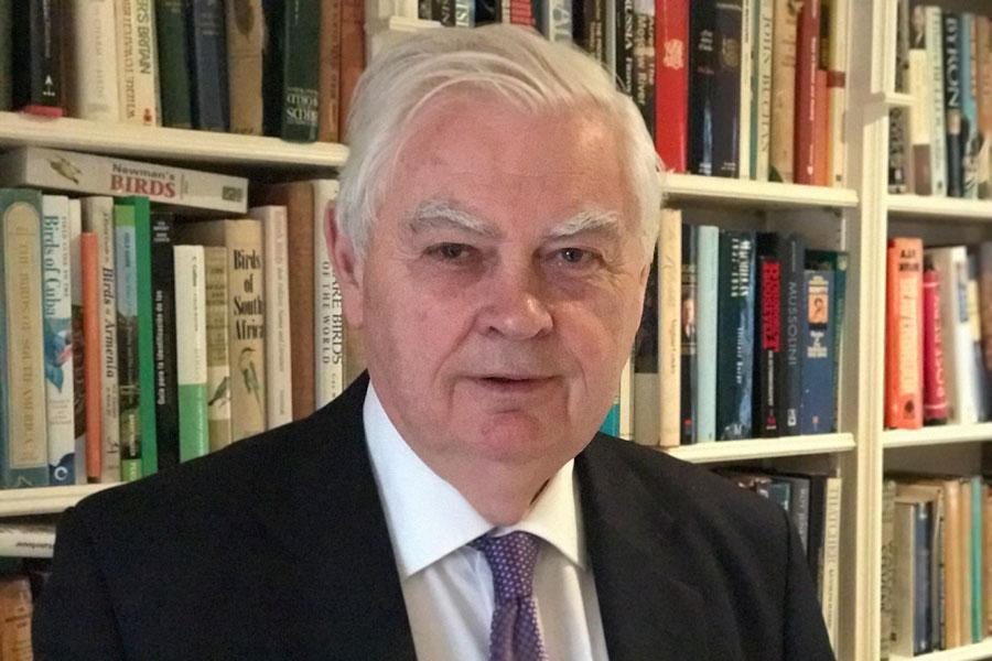 انگلیس اجرای رأی دادگاه لاهه توسط آمریکا را پیگیری می نماید
