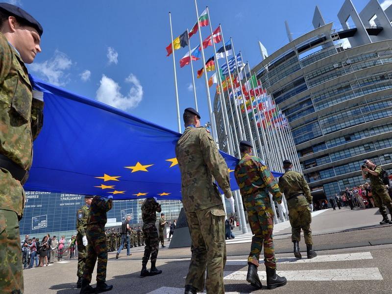 آسوشیتدپرس:اتحادیه اروپا بودجه لازم برای شرایط بحرانی را تامین می نماید