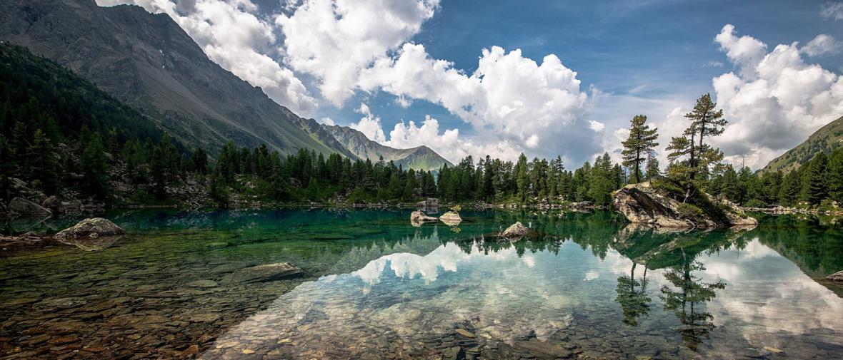 دریاچه های شگفت انگیز در آمریکا