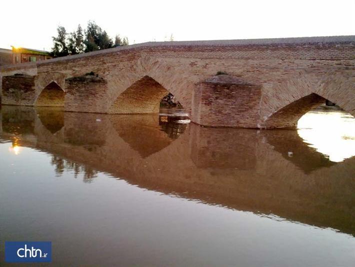 اتمام بازسازی پل تاریخی آق قلا و شروع عملیات نورپردازی