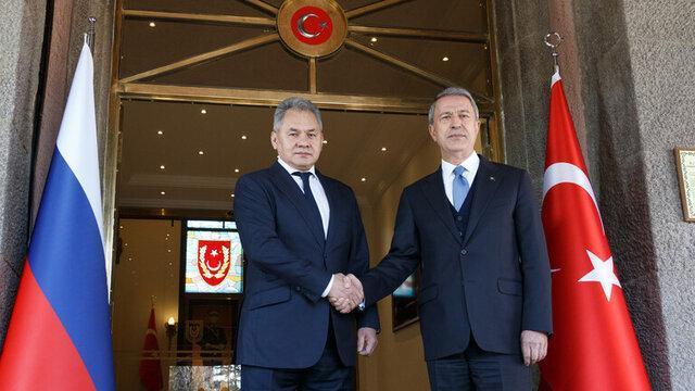 گفتگوی تلفنی وزرای دفاع روسیه و ترکیه درباره سوریه و قره باغ