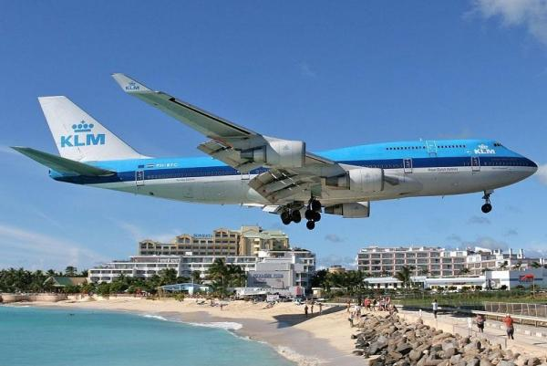 منحصر به فردترین فرودگاه های جهان