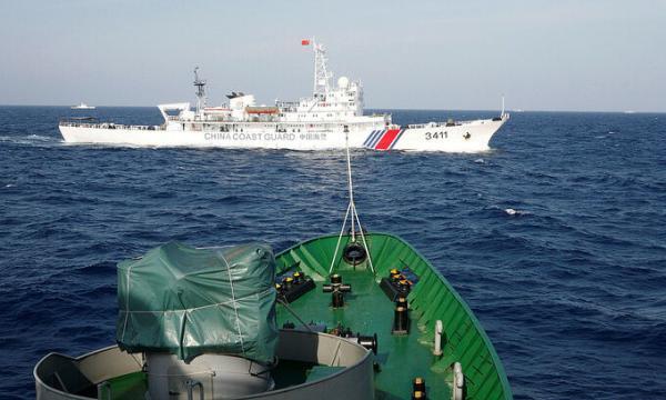 گارد ساحلی چین مجوز استفاده از اسلحه دریافت کرد