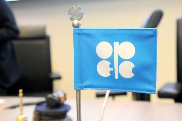 قیمت سبد نفتی اوپک بیش از 2 دلار افزایش یافت
