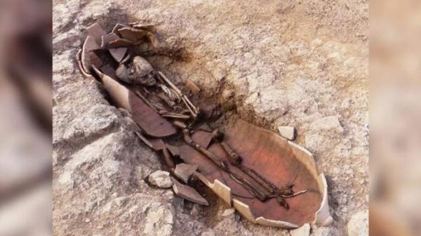بقایای انسان ها در خمره های بزرگ کشف شد