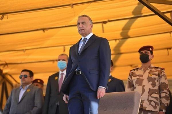 الکاظمی با حضور در رژه حشد شعبی: تحت لوای عراق تلاش می کنم