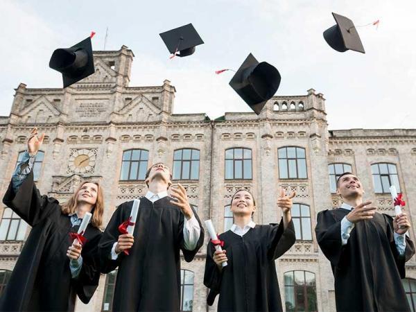 مقاله: برترین دانشگاه های آنلاین کانادا، فهرست سال 2021