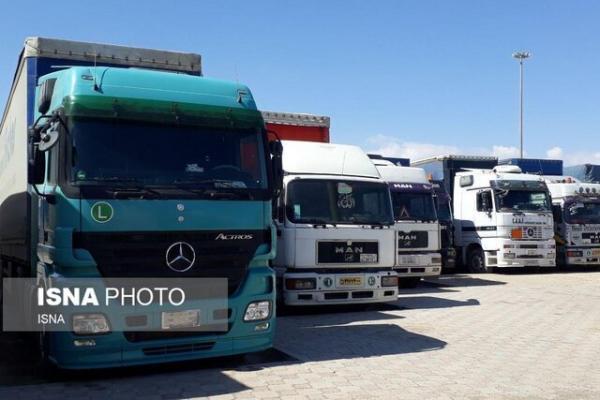 بیش از 80 کامیون ایرانی وارد مرز دوغارون شد، مبادلات گمرکات دوغارون و اسلام قلعه موقتا تعطیل است